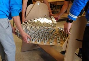 Montando o concentrador solar na estrutura